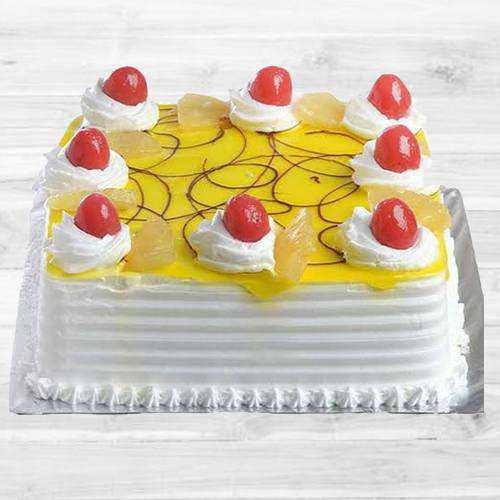 Creamy Eggless Pineapple Cake