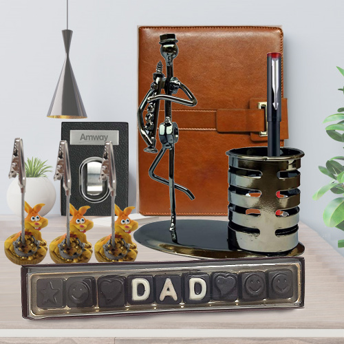 Wonderful Celebration Holiday Gift Hamper for Dad