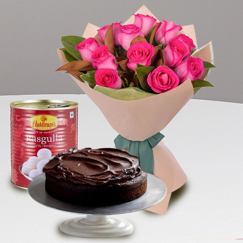 Haldirams Rosogolla with Red Rose Bouquet N Eggless Cake