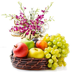Beautiful Orchids Bouquet with Fresh Fruits Basket