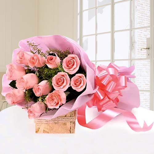 Eye-Catching Bunh of Pink Roses