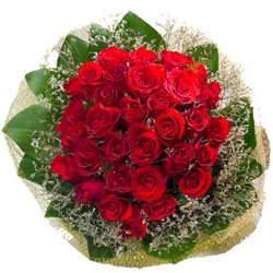 Perfect Hand Bouquet of Red Roses