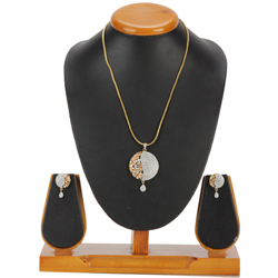 Dignified Vanity Pendent and Earrings Set