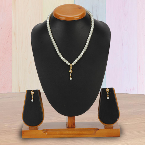 Dazzling Pearl Pendant Set with Earrings