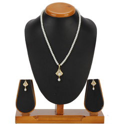 Gorgeous Bell Shaped Pearl Pendent Set