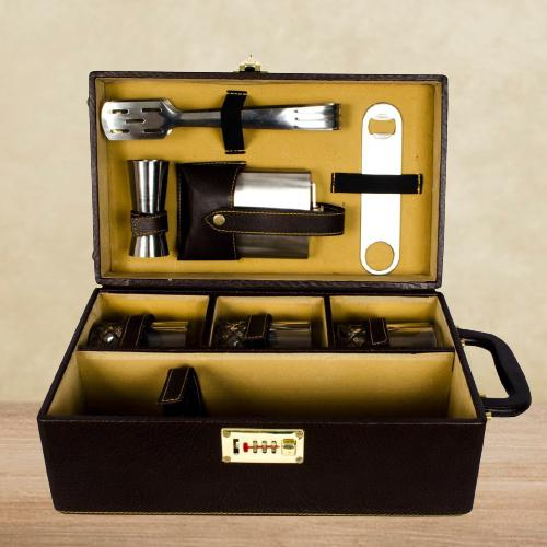 Exclusive Bar Accessories Kit