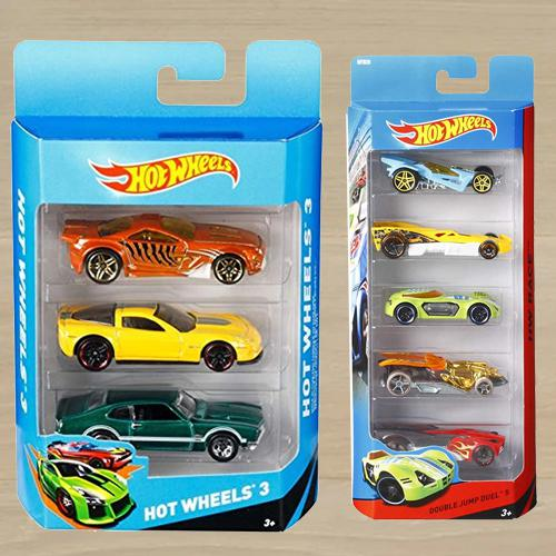 Exclusive 8 pcs Hot Wheels Car Gift Pack