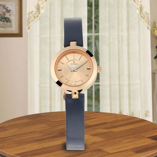 Marvelous Titan Karishma Analog Womens Watch