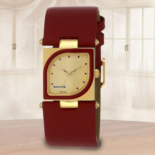 Amazing Sonata Yuva Analog Womens Watch