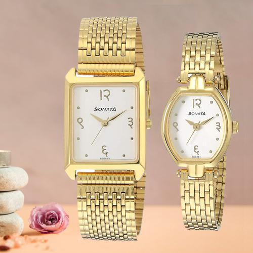 Attractive Sonata Analog White Dial Pair Watch